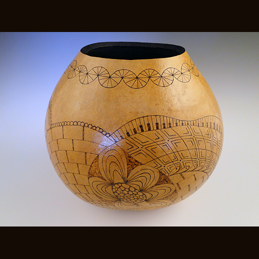 A gourd called Fanciful made by Ivy Howard.