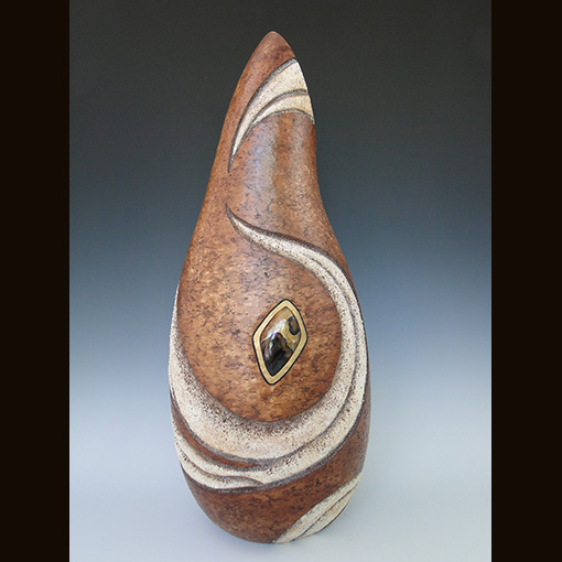 A gourd called Endeavor made by Ivy Howard.